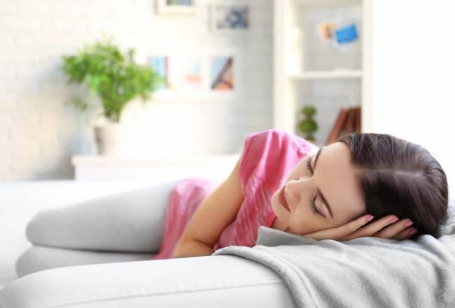 Ventajas de echarse la siesta Alimentos que ayudan al buen descanso