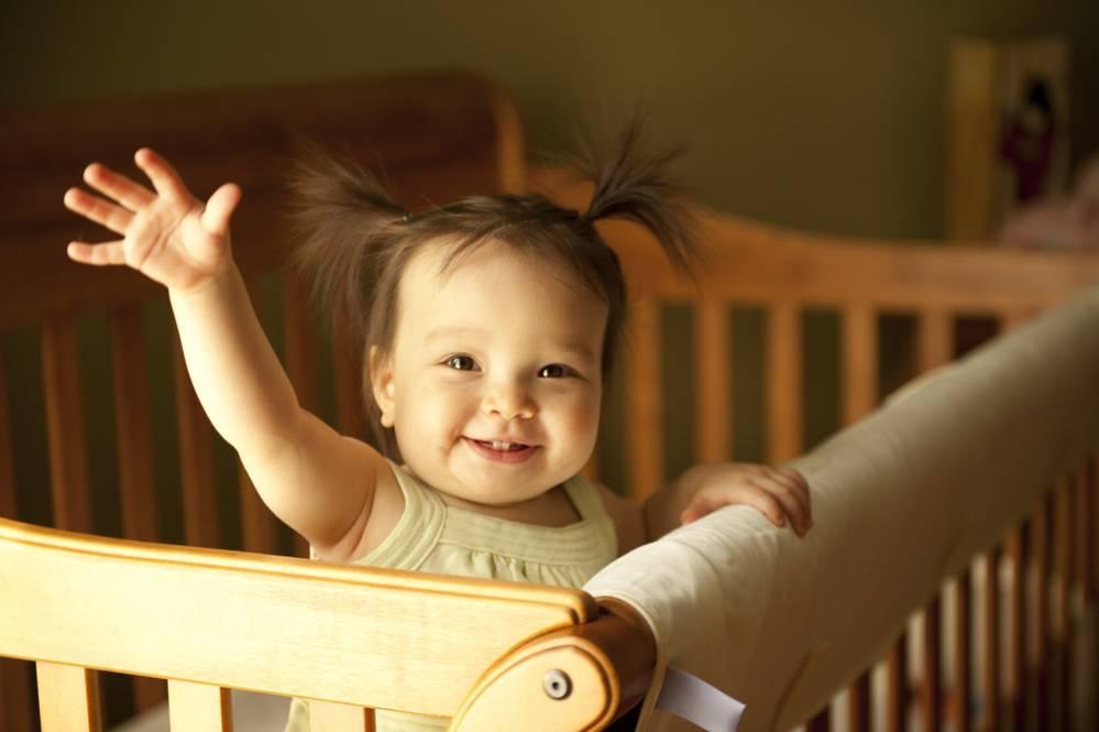 cuando pasar de cuna a cama|saber cuando pasar de cuna a cama|bebés no tan pequeños