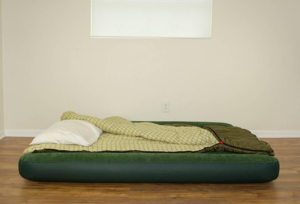 que pasa si duermo en un colchon inflable