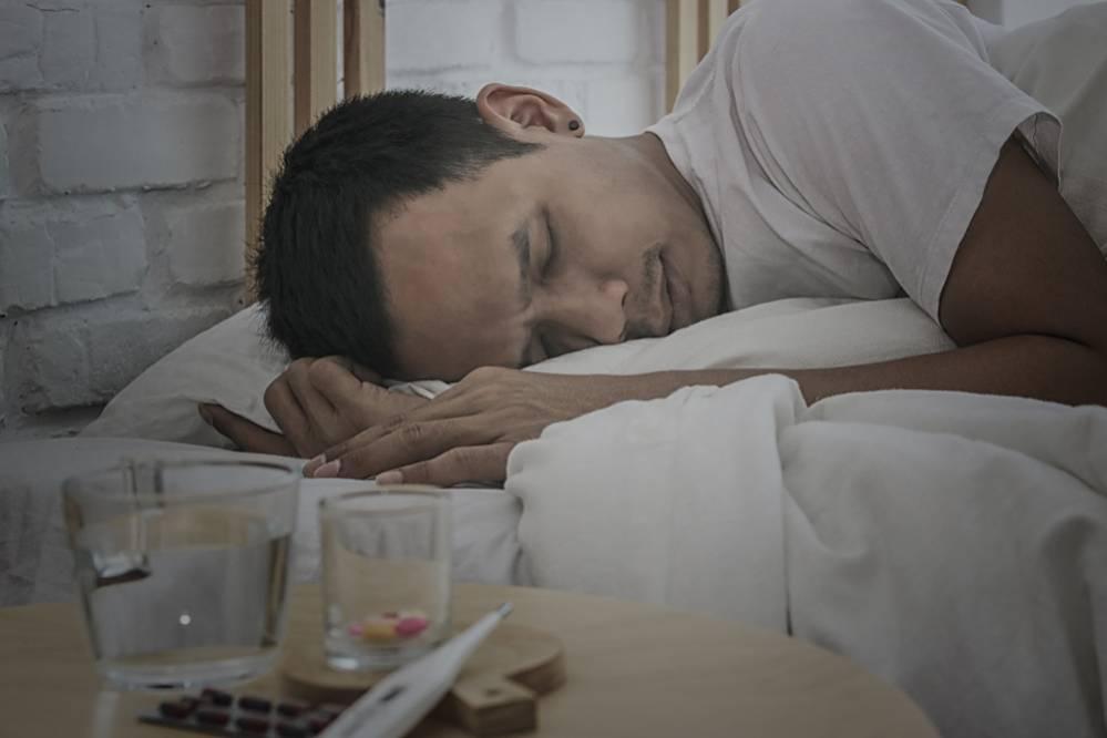 que pasa si duermo en un colchon viejo